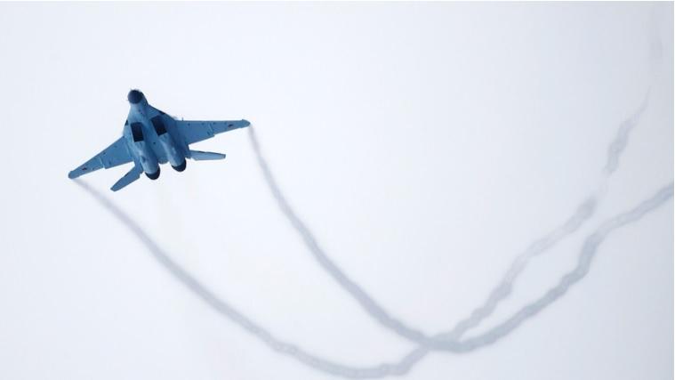 Um MiG-35 custa US$ 17 milhões e pode carregar até 6,5 toneladas de mísseis guiados de diferentes tipos.