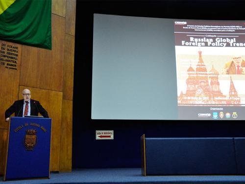 O Professor Doutor Dmitri Trenin abordou o tema Russian Global Foreign Policy Trends