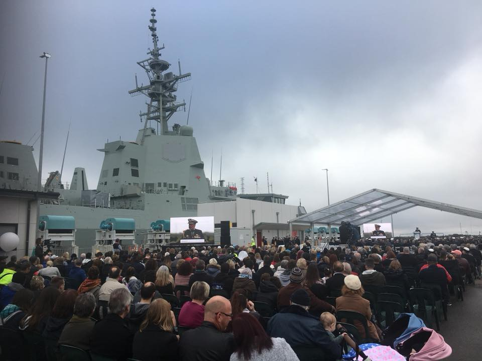 destroyer classe hobart sydney