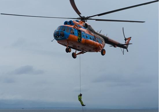 BARENTS 2018 helicóptero