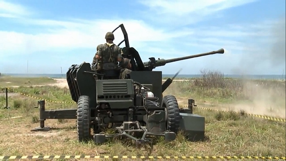 Canhão Bofors 40 mm