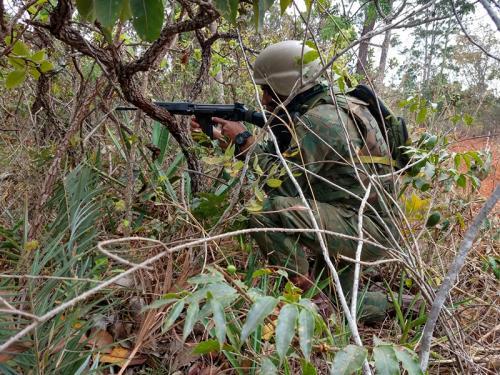Militar em exercício durante SUBEX INF BLINFEX-CO